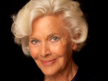 Honor Blackman picture