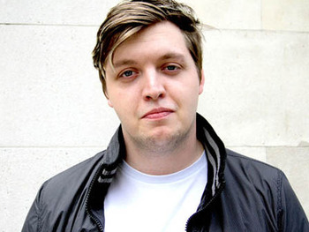 Flux Pavilion artist photo