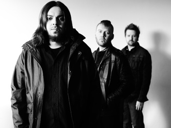 Seether + Heavens Basement picture