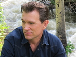 Chris Isaak artist photo