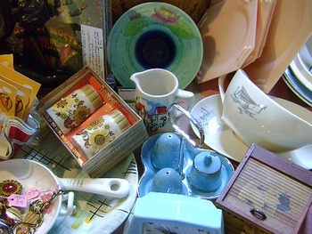 Saltaire Antiques & Collectables Market picture