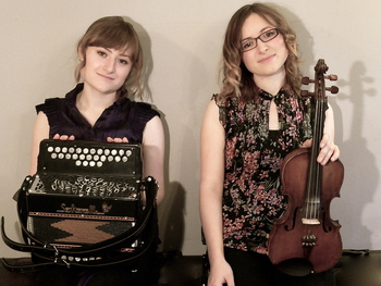 Folk At The Royal Oak: Emily & Hazel Askew picture