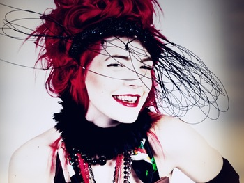 Gabby Young artist photo