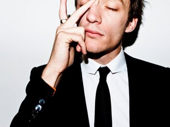 Alex Metric artist photo