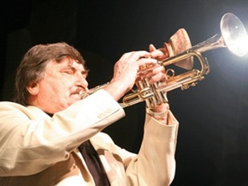Jazz Lunch With Kenny Ball And His Jazzmen At Mercure Maidstone: Kenny Ball And His Jazzmen + Kenny Ball picture