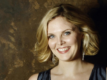Bach B Minor Mass: Simon Wright, Leeds Festival Chorus, Elin Manahan Thomas, Jennifer Johnston, Matthew Brook, The Northern Sinfonia, Andrew Tortise picture