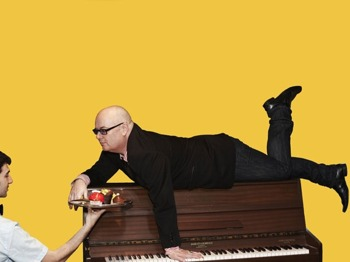 Live Lounge Series - Dinner & Live Music in the intimate Cafe Guildhall: Ian Shaw picture