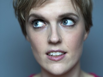Angel Comedy: Raw: Holly Walsh picture