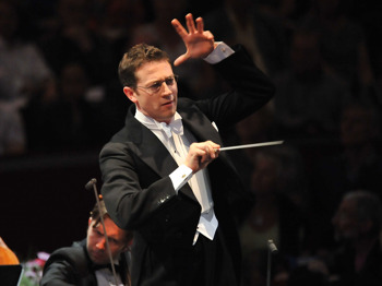 A Celebration of Rodgers and Hammerstein: John Wilson + The John Wilson Orchestra picture