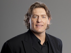 William Regal artist photo