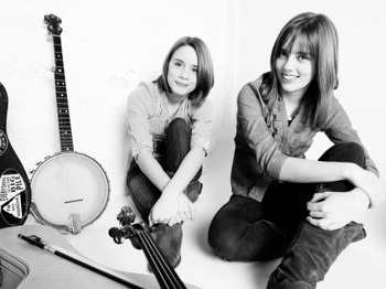 Bradninch Acoustic Club's Christmas Club Night: Carrivick Sisters picture