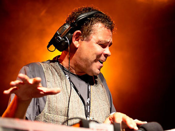 The Craig Charles Funk & Soul Club: Craig Charles + Smoove & Turrell + Cheeba + Mr Doris + Good Vibrations DJs picture