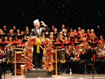 Carols & Brass With Special Guest Ian Mcmillan: Halifax Choral Society + The Black Dyke Band + John Pryce-Jones + Ian McMillan picture