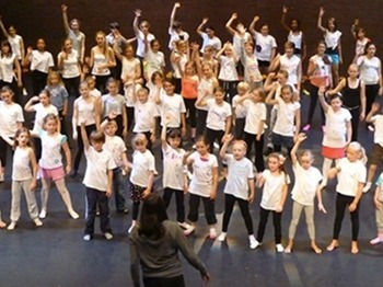 Musical Theatre (7-13) picture