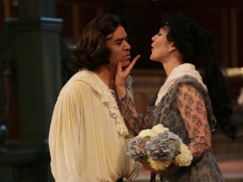 Tosca: The New London Opera Players picture