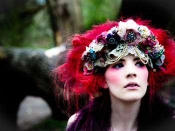 Gabby Young & Other Animals picture