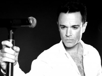 Robbie Williams Tribute Night: Maximum Robbie picture
