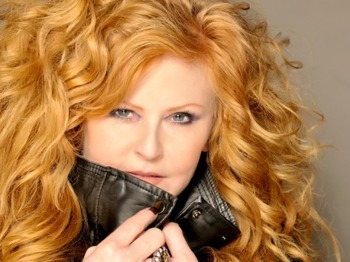 #25 Tour: T'Pau picture