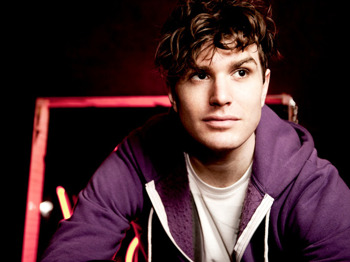 The Comedy Cow: Joel Dommett, Joey Page, Suzy Bennett picture
