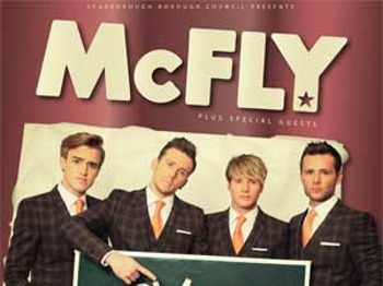 Memory Lane - The Best Of Tour 2013: McFly picture