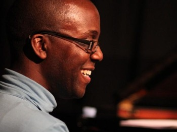 Parrjazz Presents: Robert Mitchell picture