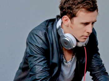 Danny Jones Dj Set In J2: Danny Jones (McFly) picture