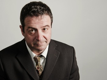Manifesto Warm Ups: Mark Thomas picture