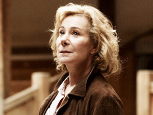Zoe Wanamaker artist photo