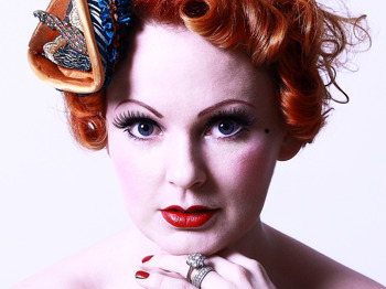 Songs To Make You Smile: Lili La Scala picture