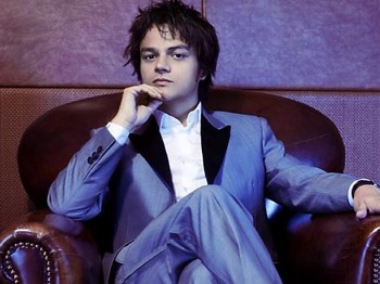 Jamie Cullum artist photo