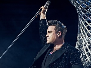 Film promo picture: Robbie Williams: Take The Crown Stadium Tour 2013