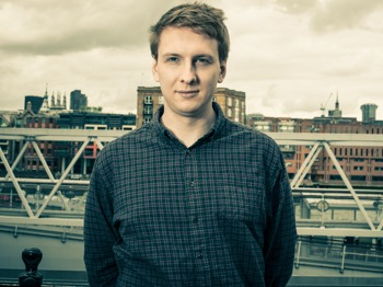 Joe Lycett, Holly Walsh picture