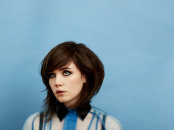 Rose Elinor Dougall picture
