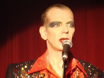 Merrie Hell: David Hoyle, Richard Thomas picture