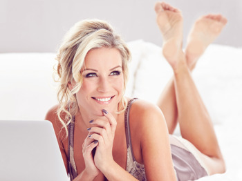 Denise Van Outen artist photo