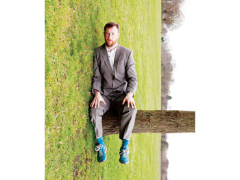 Seven Years In The Bathroom: Alex Horne picture
