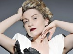 Louise Dearman artist photo