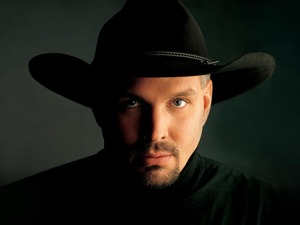 Garth Brooks artist photo