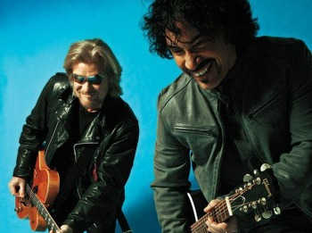 Daryl Hall & John Oates + Longfellow picture