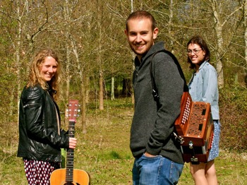 Folk Evening: The Foxglove Trio + Sue Graves + Said The Maiden + The Low Lamps picture