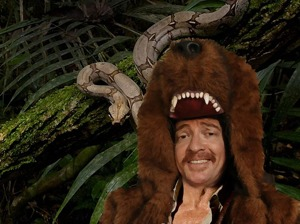 Rhys Darby artist photo