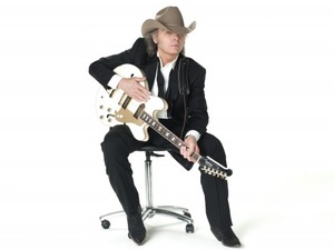 Dwight Yoakam artist photo