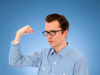 Tom Vek artist photo