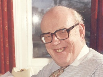 More Tea Vicar: Frank Williams picture