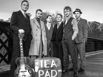 Rob Heron & His Tea Pad Orchestra + Holy Moly & The Crackers + The King Bees picture