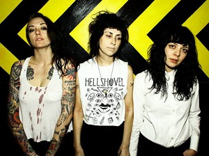 The Coathangers artist photo