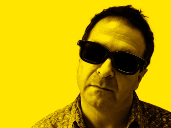 Manifesto Warm-Up: Mark Thomas picture