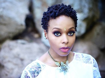 Chrisette Michele picture