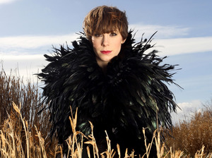 Suzi Ruffell artist photo