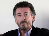 Robert Powell artist photo